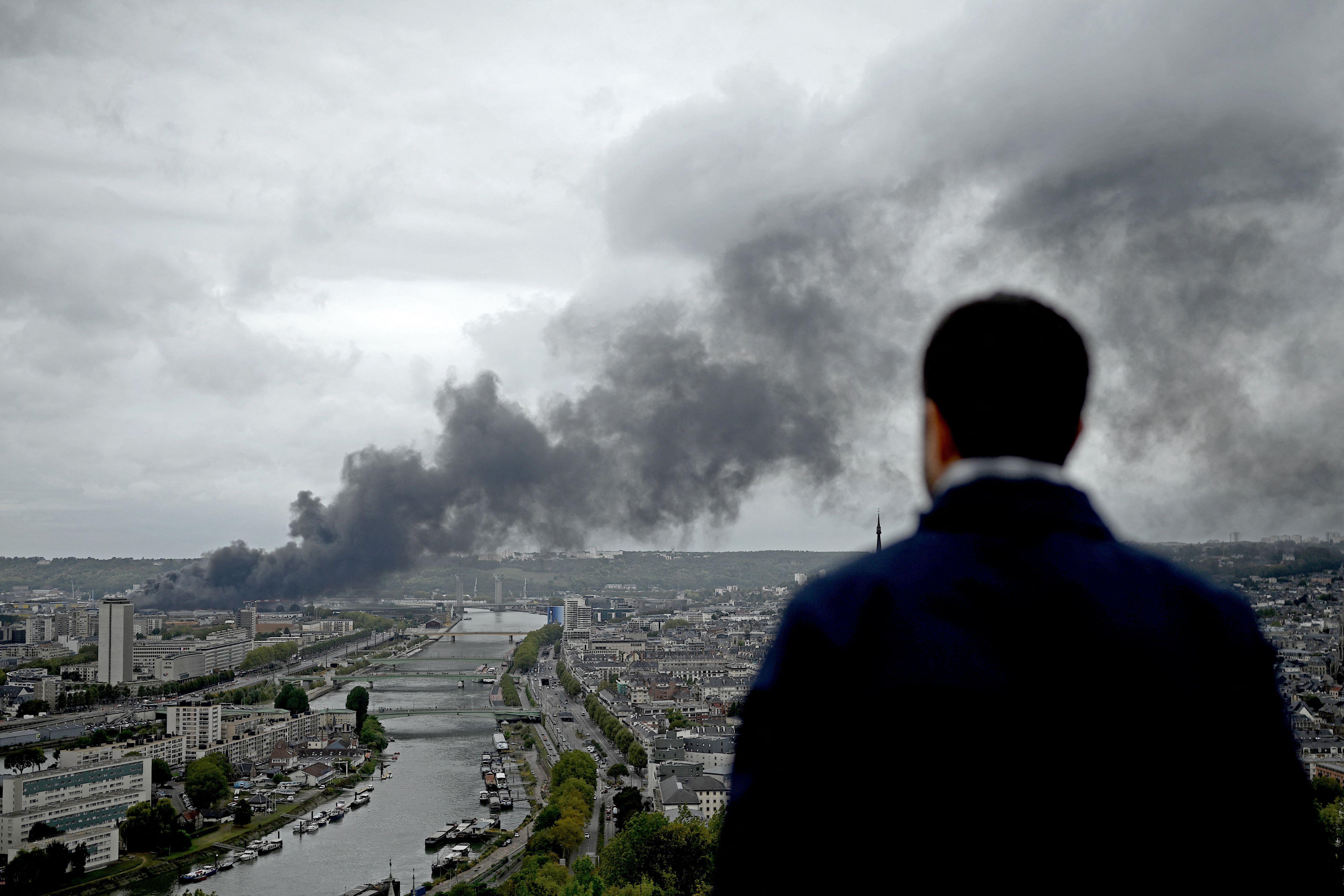Des sources proches de l'usine Lubrizol à Rouen ont bien été polluées par l'incendie de septembre 2019