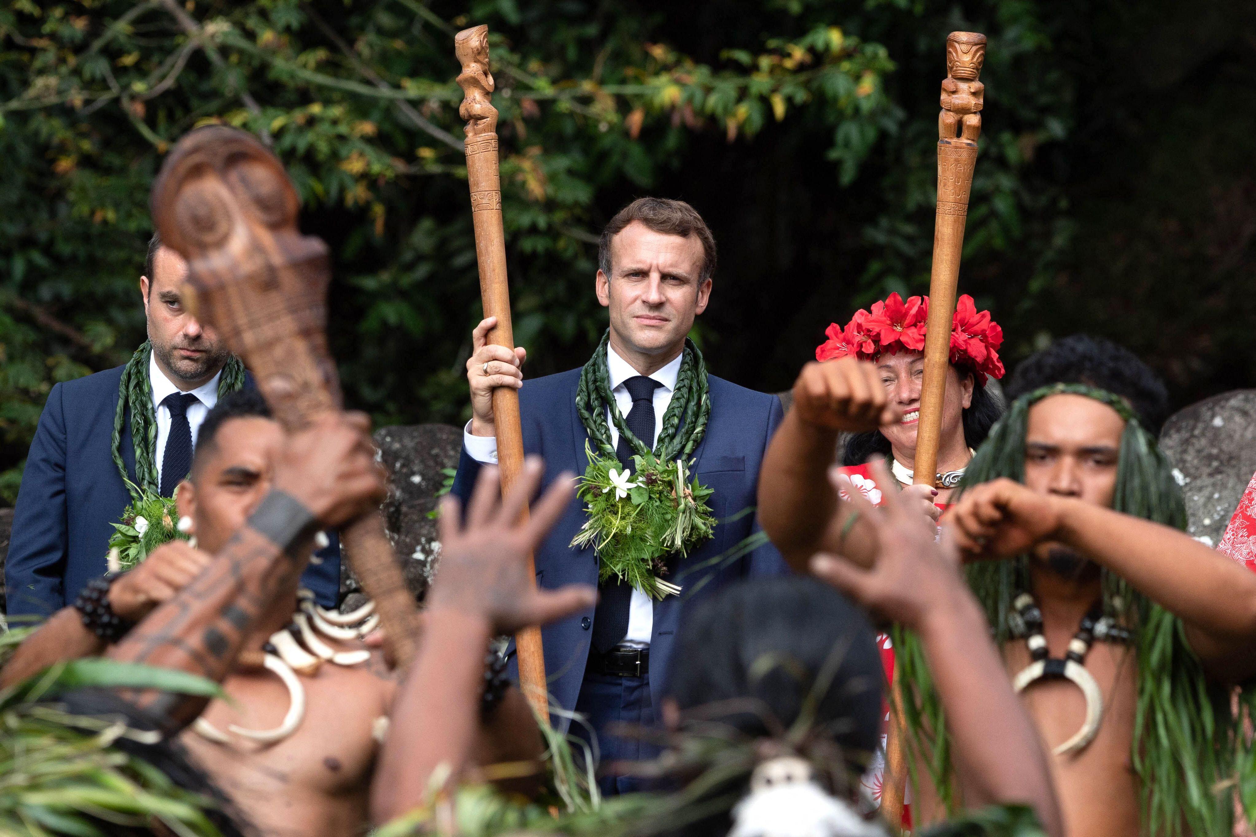 Non, le surnom donné à Emmanuel Macron en Polynésie ne se traduit pas par «effet secondaire»